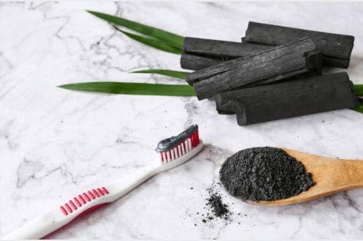 carbón activado, cepillo de dientes